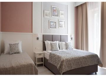 JUNIOR SUIT 3- МЕСТНЫЙ| Номера и цены  2018 год | Отель  «ALEAN FAMILY RESORT & SPA RIVIERA/ Ривьера Анапа»